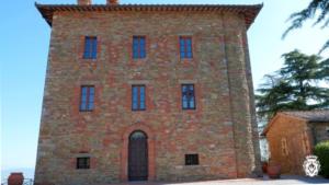 4-Montalis-Castle-front-view-1024x576[1]